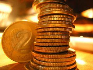 money-1425681-640x480